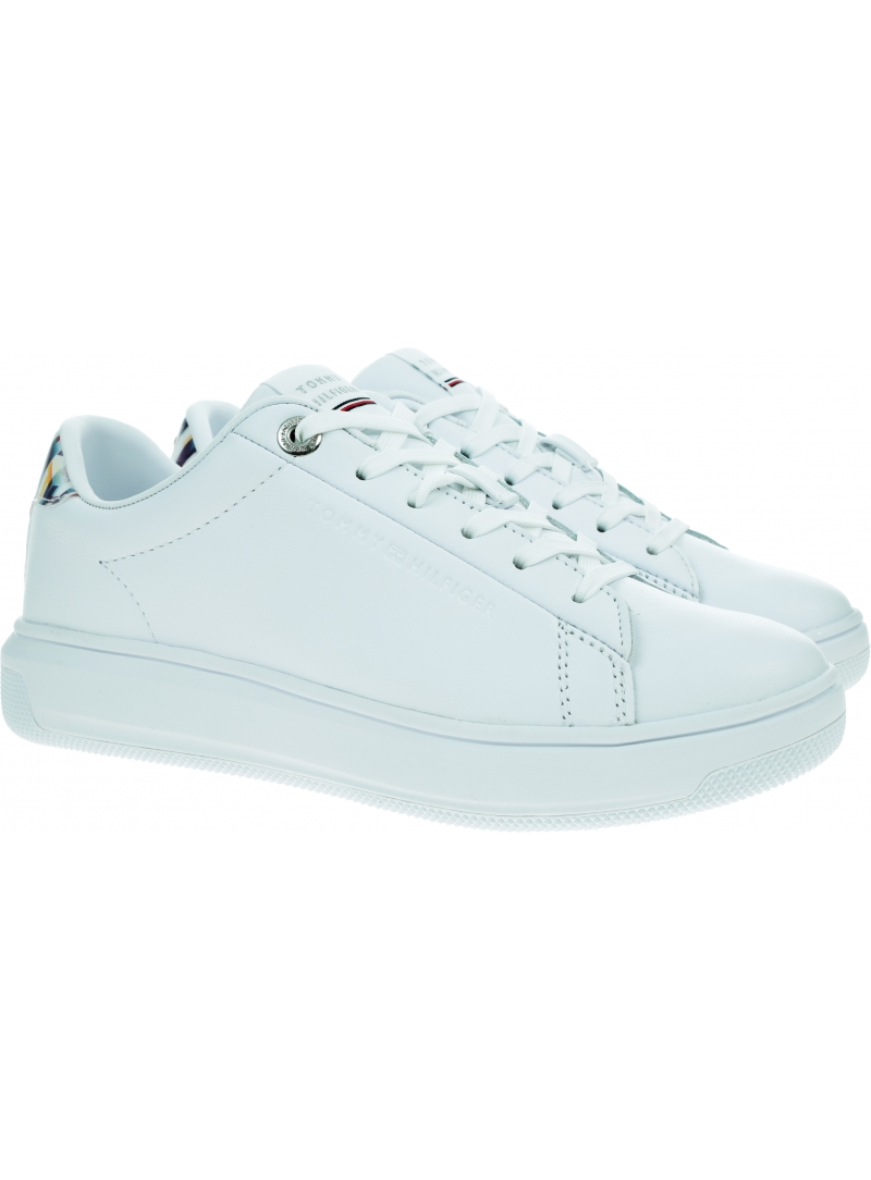 Białe Sneakersy TOMMY HILFIGER Monogram Leather Cup FW0FW05552 YBR