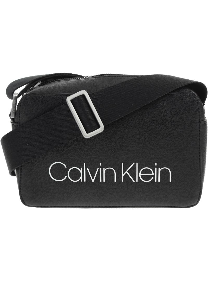 TOREBKA CALVIN KLEIN COLLEGIC SMALL CROSS K60K604454 001 -