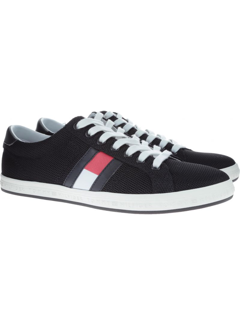 Czarne półbuty Tommy Hilfiger ESSENTIAL FLAG DETAIL BLACK -