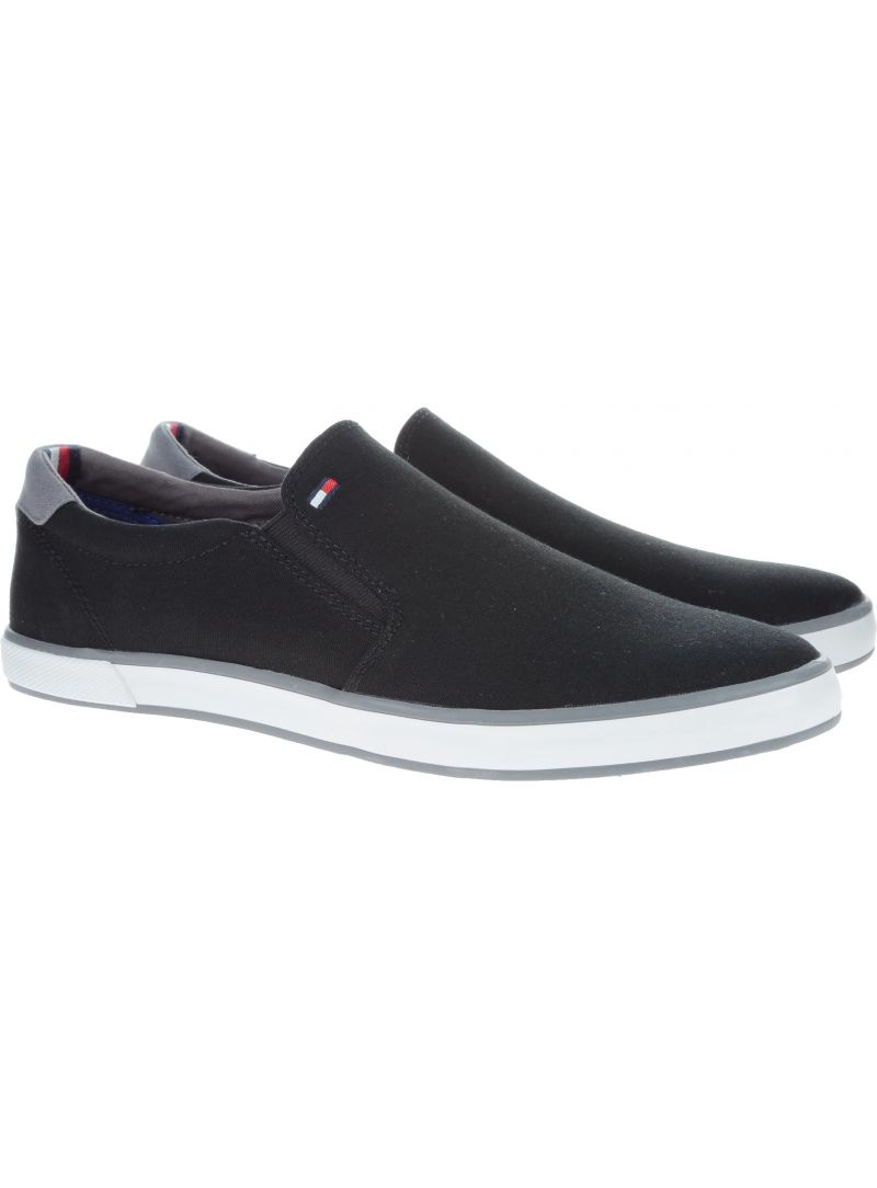 WSUWANE TENISÓWKI TOMMY HILFIGER ICONIC SLIP ON SNEAK BLACK FM0FM00597 990