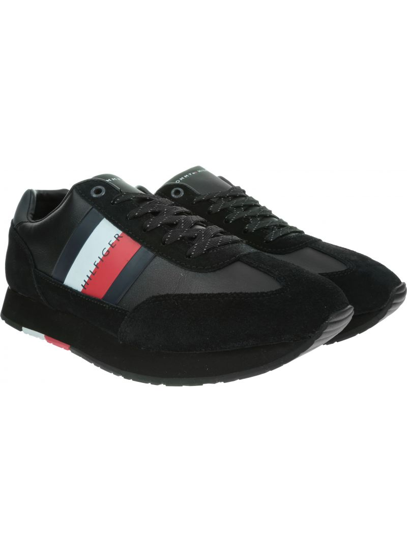 Czarne Sneakersy TOMMY HILFIGER Corporate Leather Flag Runner FM0FM02380